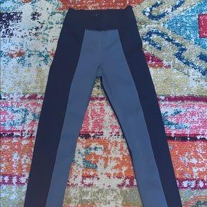 DLC Wholesale Leggings Size S WORN 1X!!
